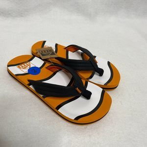 NWT Reef Ahi Boys Flip Flops Sandals Sz 2/3